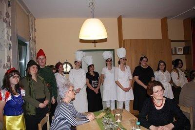 Gruppenfoto beim Märchendinner